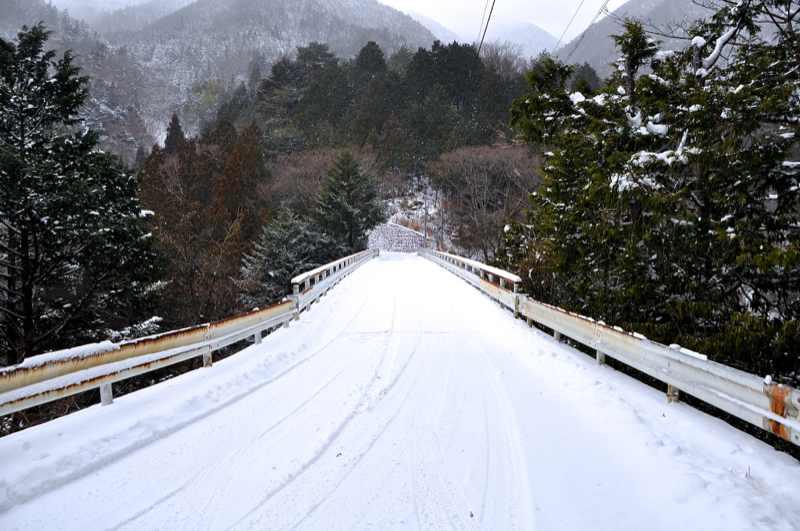 雪の本谷 border=