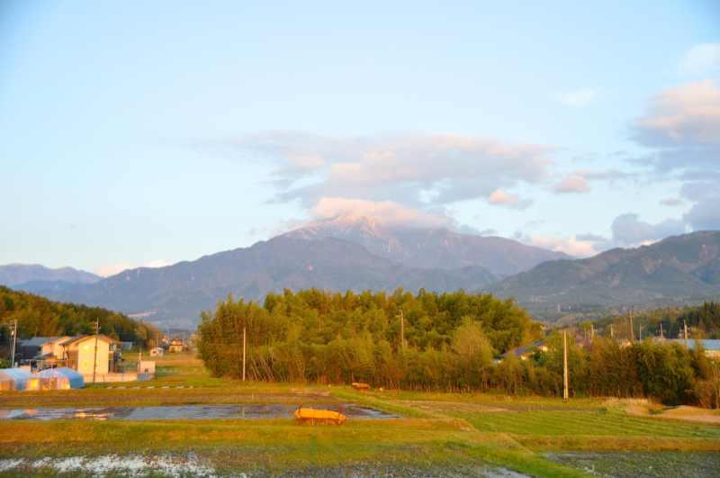 4/27 恵那山に雪が降った。 border=