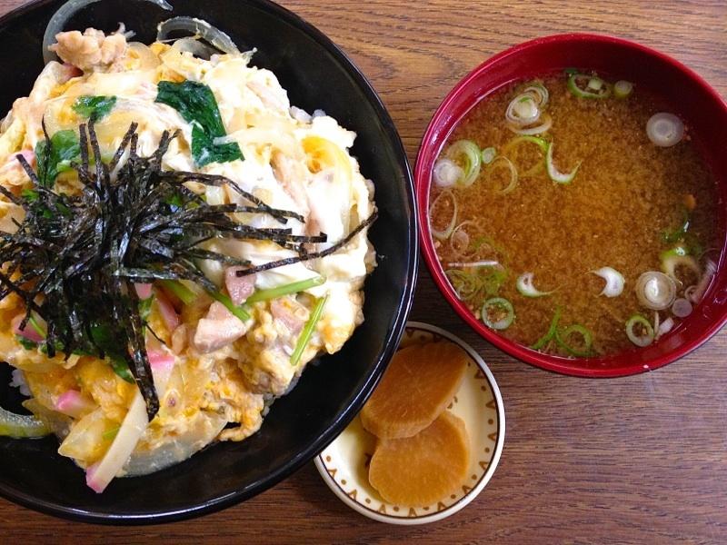 今日の美味しいお昼ごはん  親子丼 border=