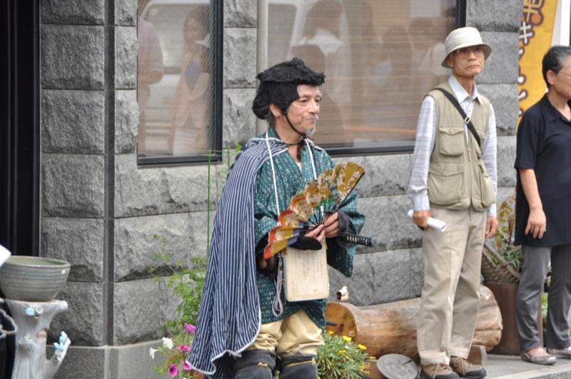 10/6第62回 六斎市の楽しい仲間達-2 border=