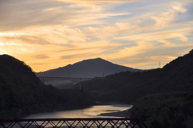 奥恵那峡の夕景色