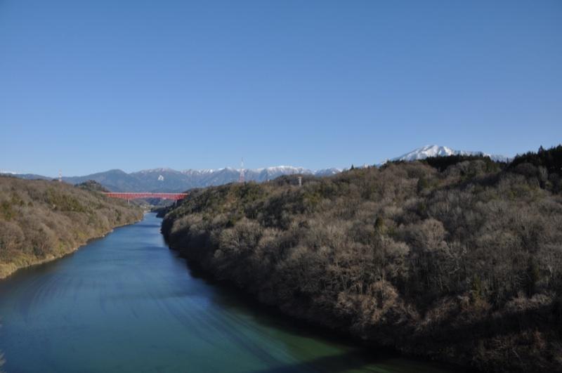 美しい恵那と橋と書いて「美恵橋」 border=
