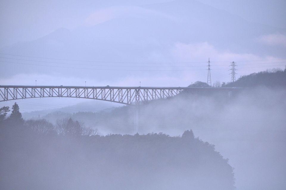 川霧に煙る北恵那鉄橋-2
