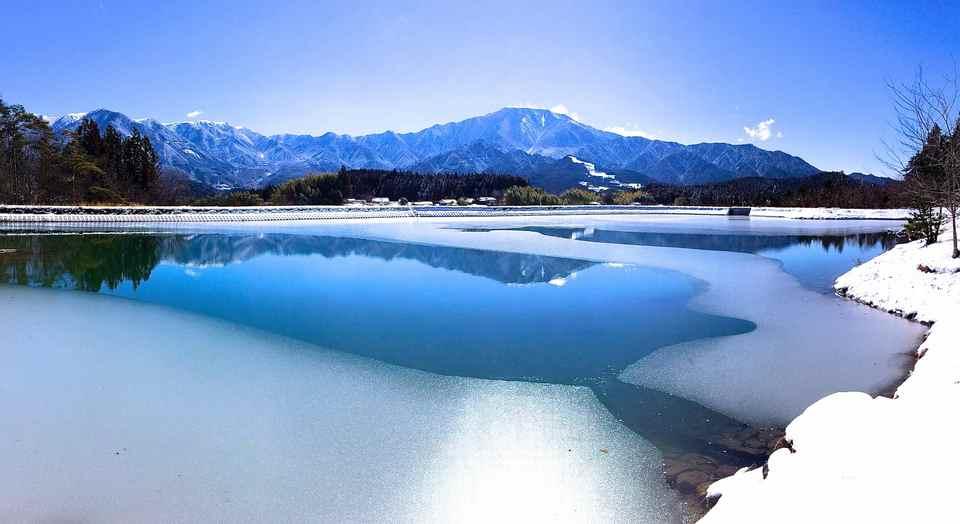 2014年2月16日 雪晴れの逆さ恵那 border=
