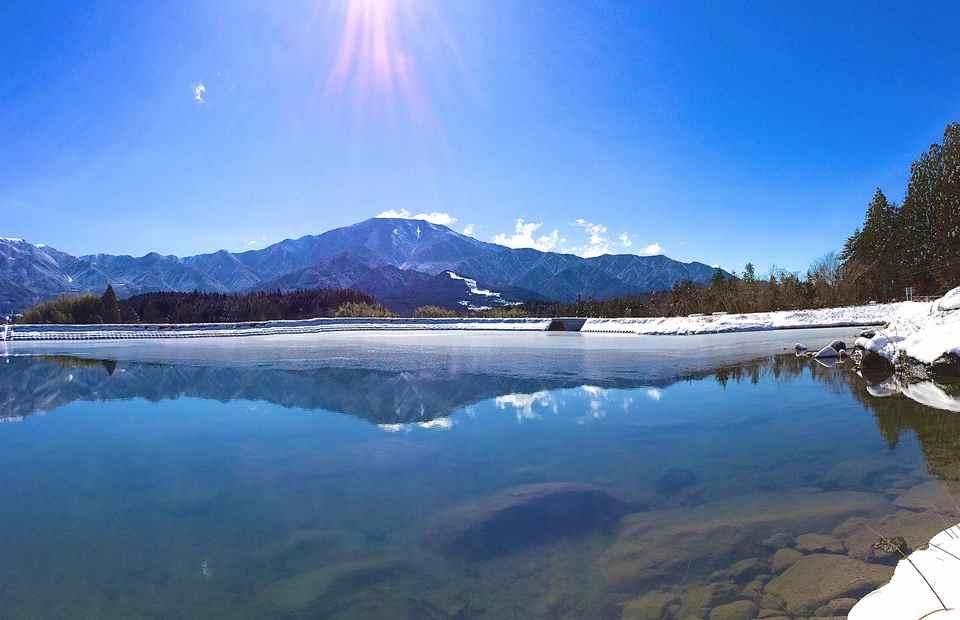 2014年2月16日 雪晴れの逆さ恵那