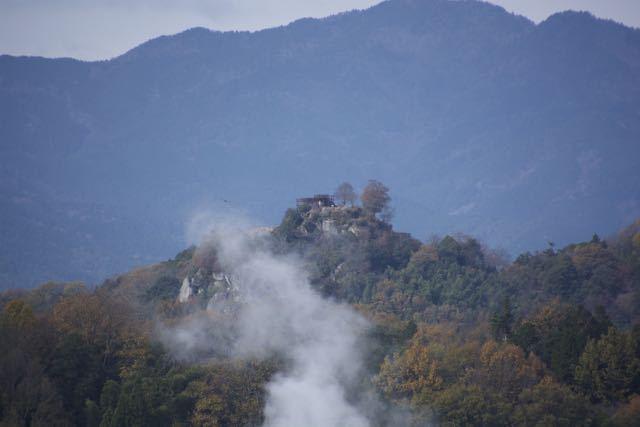 苗木城跡に伝説の白龍現る?
