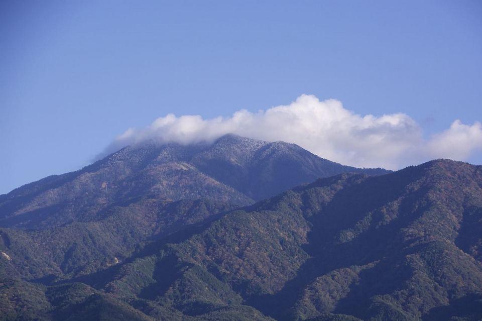 恵那山に雪が降った。