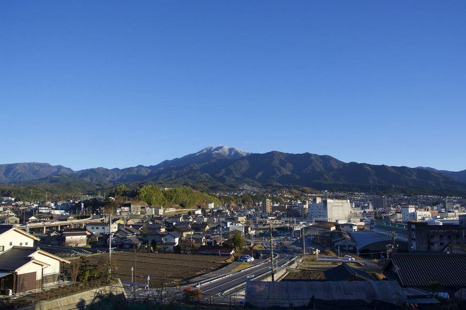 美しい‼︎ 恵那山に雪帽子