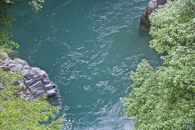 増水の攻め橋