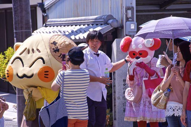 中津川宿六斎市の大人気キャラ