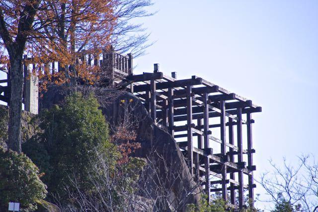 苗木城跡北門(大矢倉裏側)から天守櫓