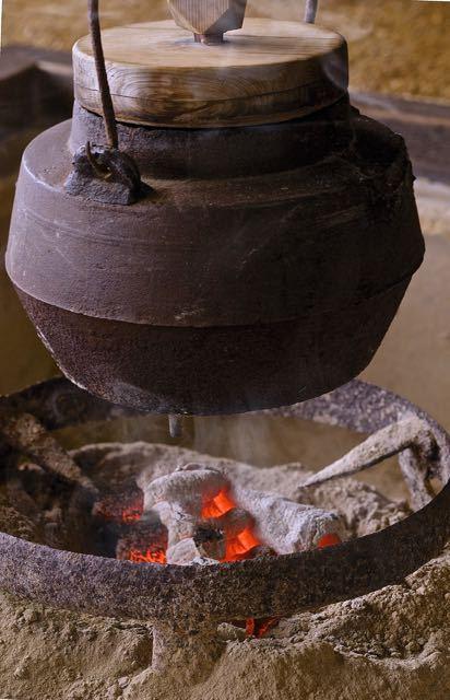 囲炉裏の季節。