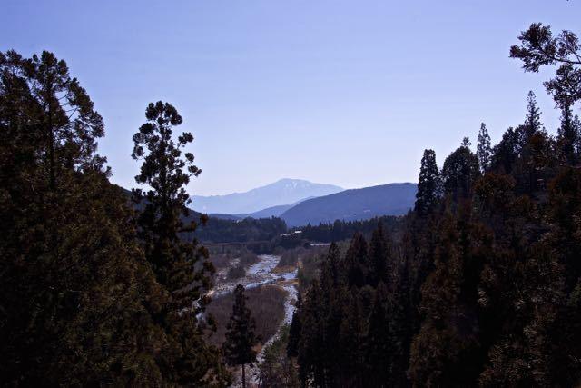 付知白谷橋からの恵那山。