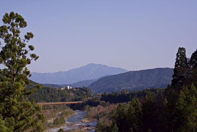 今日の恵那山、付知白谷橋。