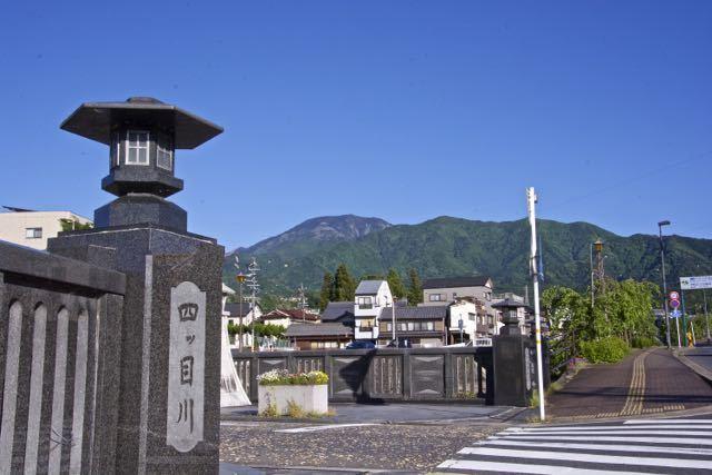 半分青い!雲一つない五月晴れの百名山「恵那山」