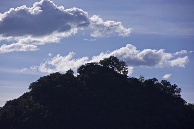 黄昏の苗木城跡。