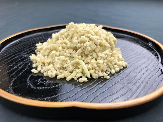 中津川で秋の栗きんとんは当たりまえですが、買ったらすぐ食べなさいという和菓子があります。 border=