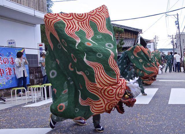 中津川六斎市 五連獅子