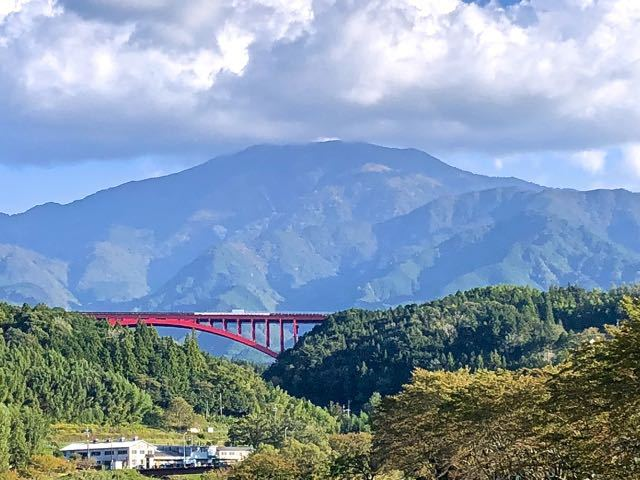 落合大橋からの恵那山