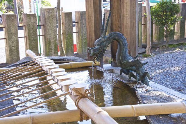 東濃一社中津川西宮神社の手水。