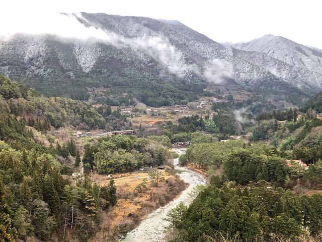 付知峡はだいぶ雪が降りてきました。
