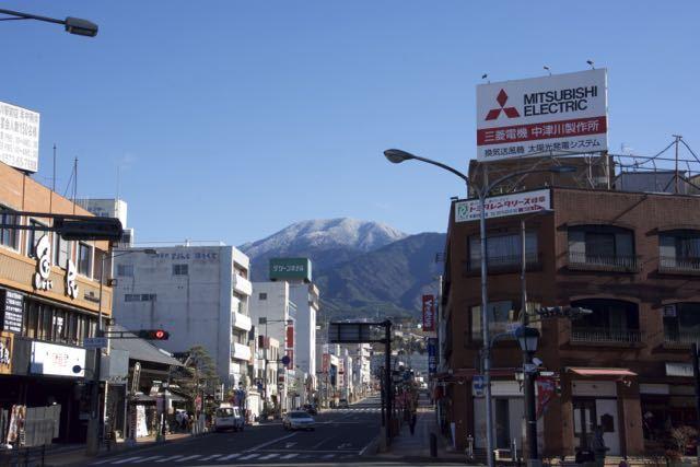 JR中津川駅前からの恵那山、今日はクリスマス イブ。