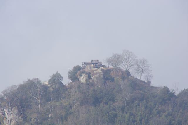 絶景山城日本一苗木城跡、別名霞が城。