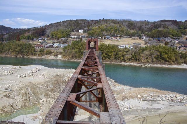 久しぶりにここへ来ました、北恵那鉄橋。 border=