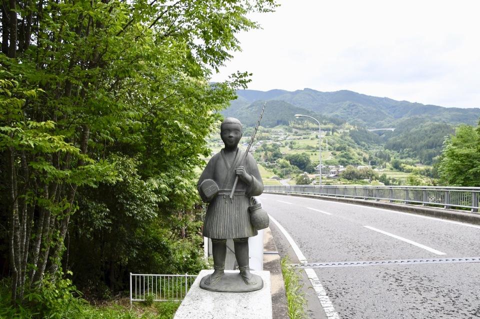 乙姫大橋の浦島太郎と乙姫様はホントキャワイイ‼️