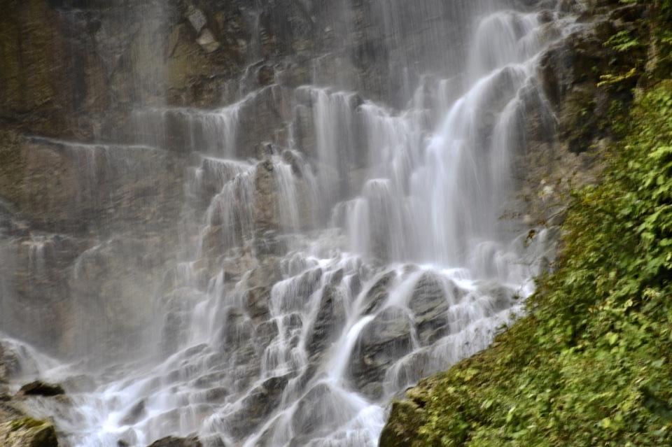 上臈の滝から涼しさお中元。