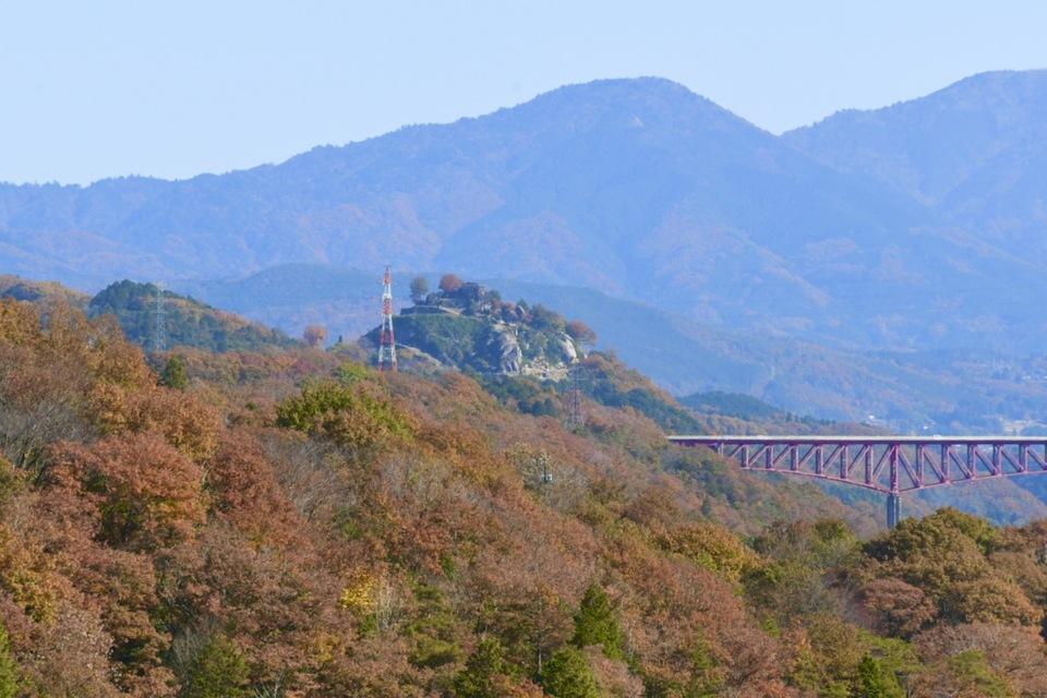 木曽川奥恵那峡の美恵橋と城山大橋、天空の城苗木城