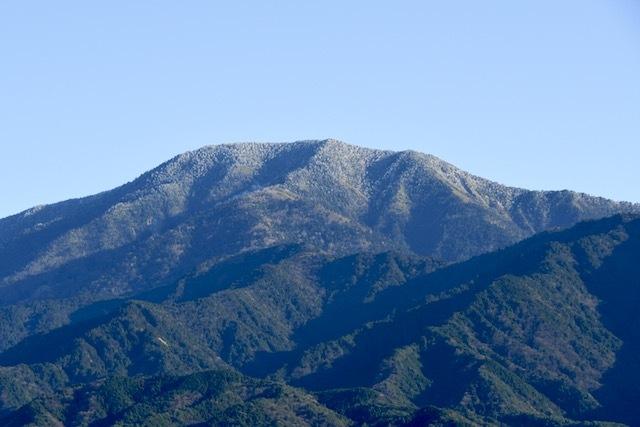 雲一つない!青空映え‼︎ 青い山脈、百名山恵那山