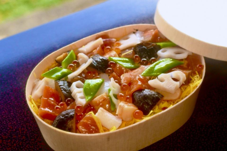 夜がらす山荘 長多喜  特製雛祭りちらし寿司