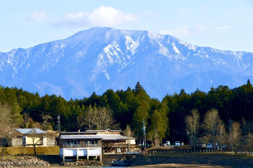 椛の湖からの百名山恵那山