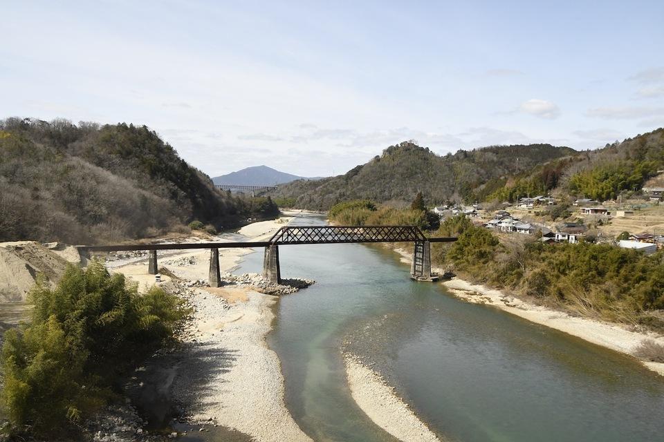 北恵那鉄橋は来年100歳です。
