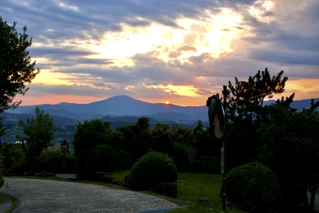 中山道の夕焼け、中山道落合新茶屋夕日の丘から