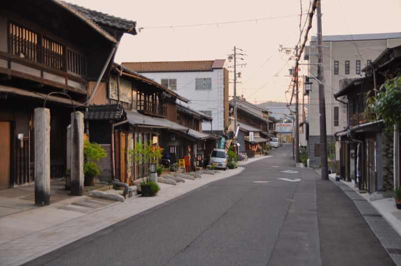 黄昏の中山道中津川宿