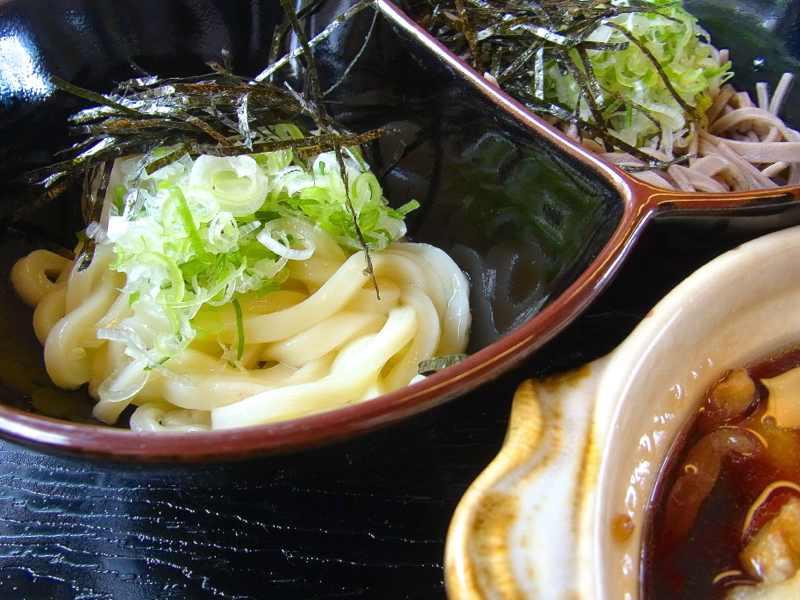 美味しいお昼ごはん 「ひたし麺」+副菜食べ放題! border=