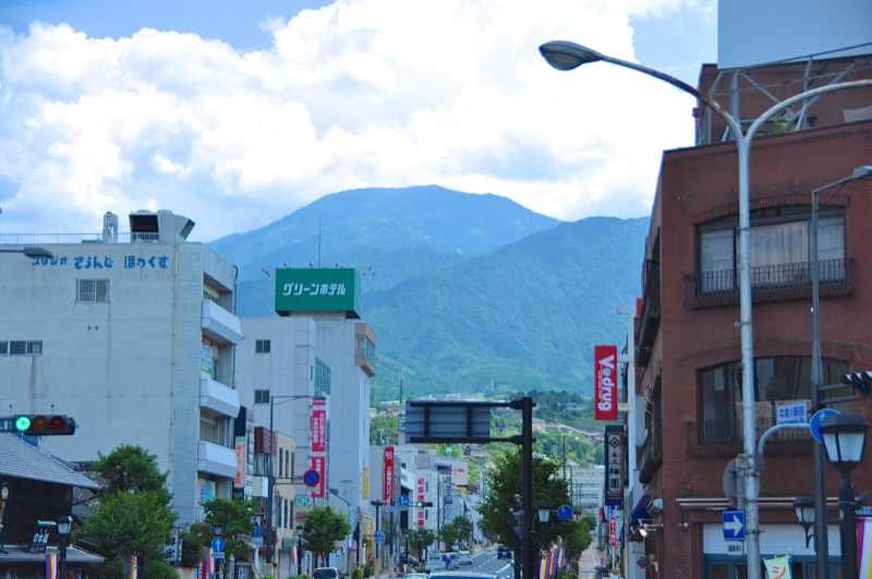 中津川駅前からの恵那山
