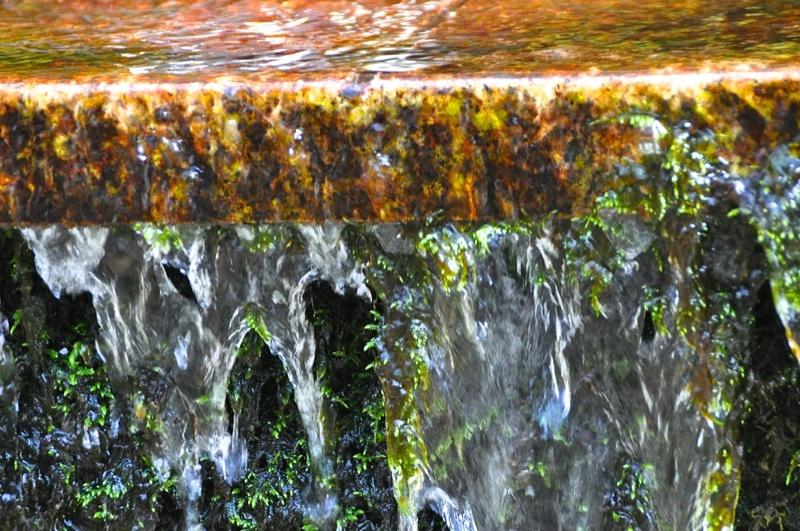 湧き続ける事 千数百年 古代東山道「強清水(こわしみず)」