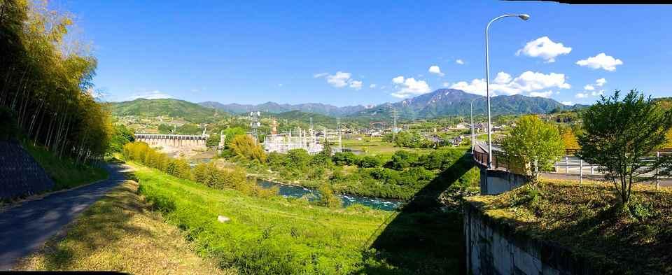 恵那山「緑の大パノラマ」 落合かやの木大橋から  border=
