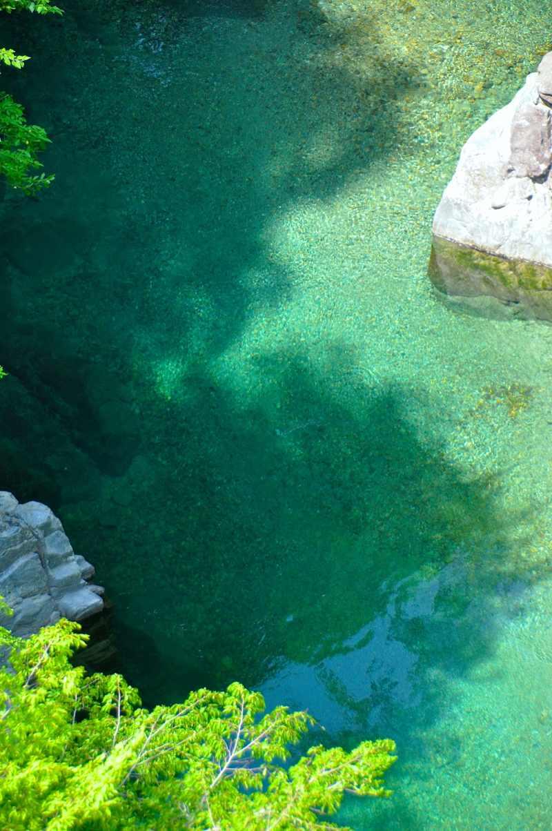 緑、碧、翠の付知峡攻め橋