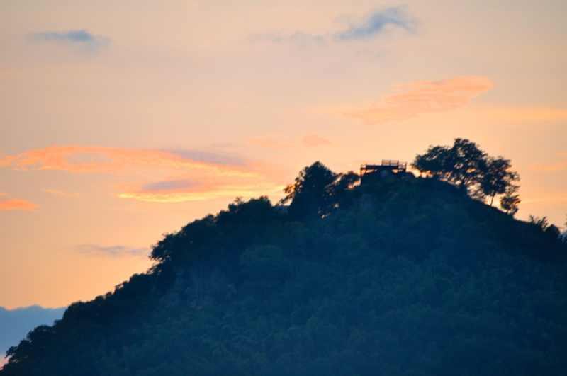 黄昏の苗木城趾