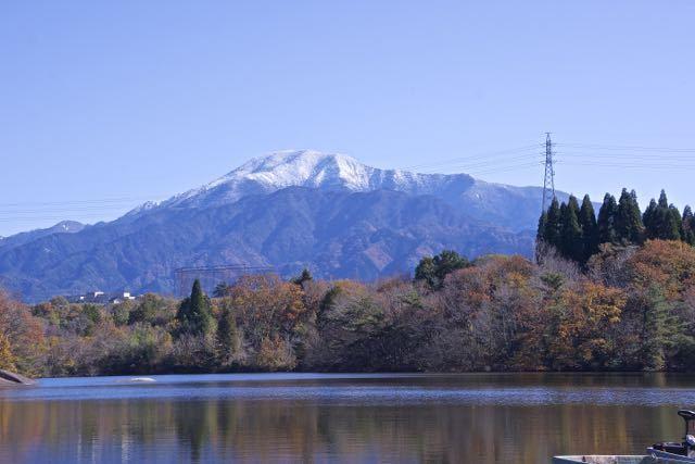 ひょうたん池からの恵那山、11/21昼撮影