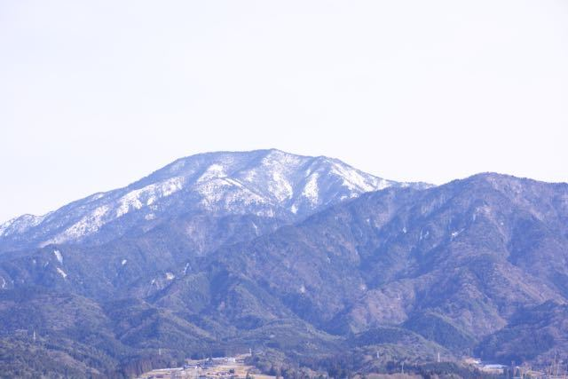 恵那山、春霞。なんとなく春めいて