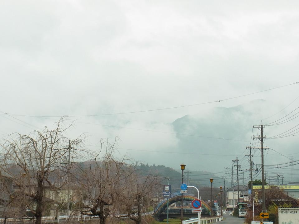 恵那山は今日も雲の中