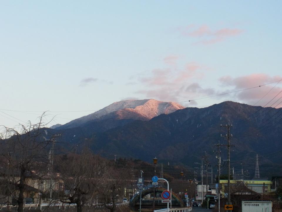 夕焼けの恵那山