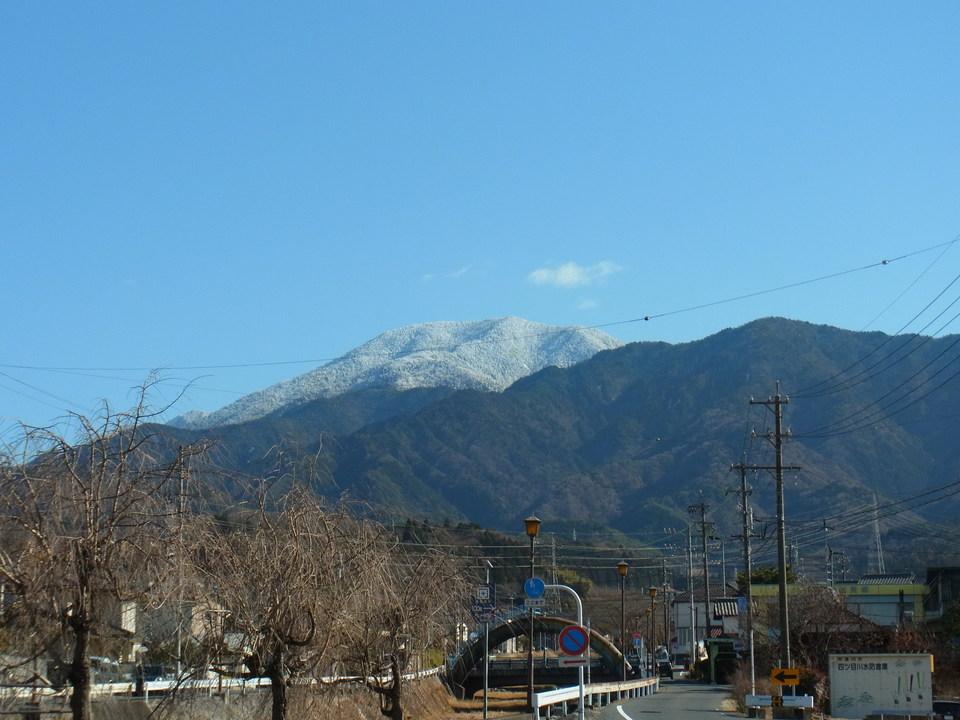 風が強い日の恵那山