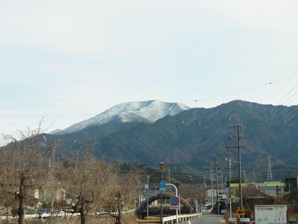 かすみ雲と恵那山