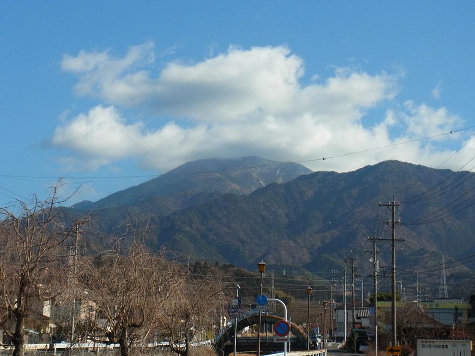 立春の恵那山